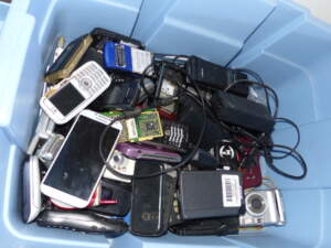 Old electronics might not bring you any worth, but their parts can be recycled into many new pieces
